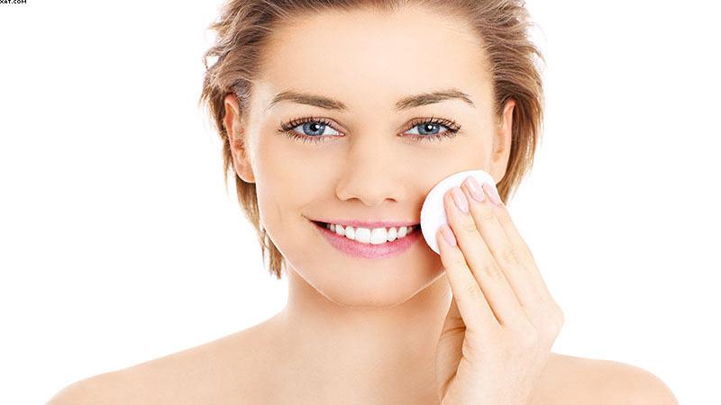 متخصص پوست اصفهان | اقدامات لازم قبل از لایه برداری