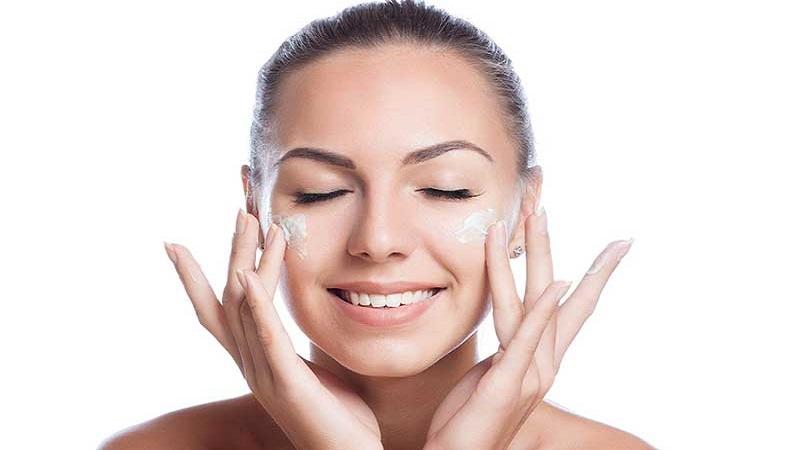 متخصص پوست اصفهان | پوست مختلط چیست ؟