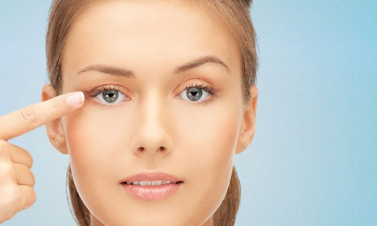 چه کسانی برای جراحی زیبایی پلک مناسب هستند ؟