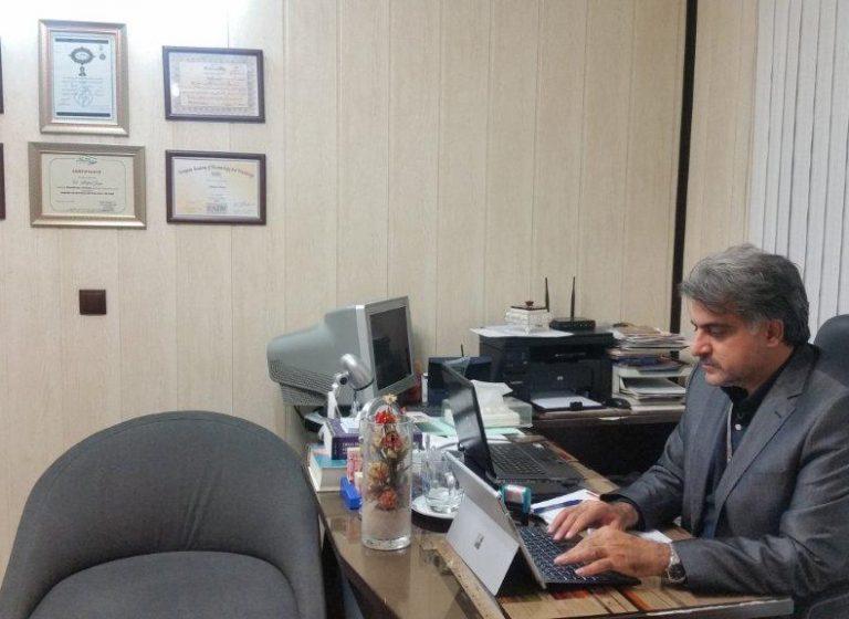 تصاویر مطب و افتخارات دکتر جویا