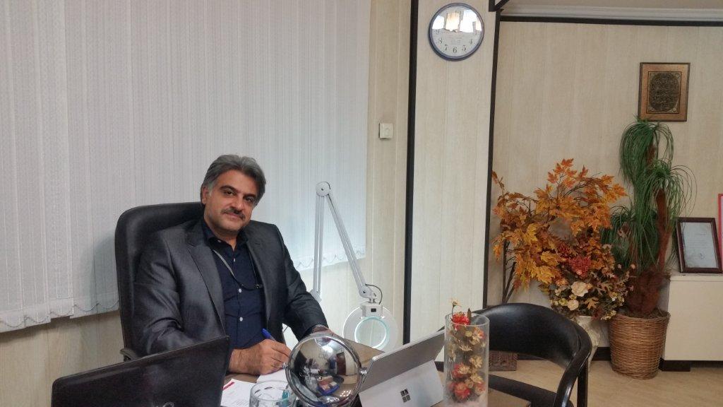 دکتر ابوالفضل جویا، متخصص چوست مو و زیبایی